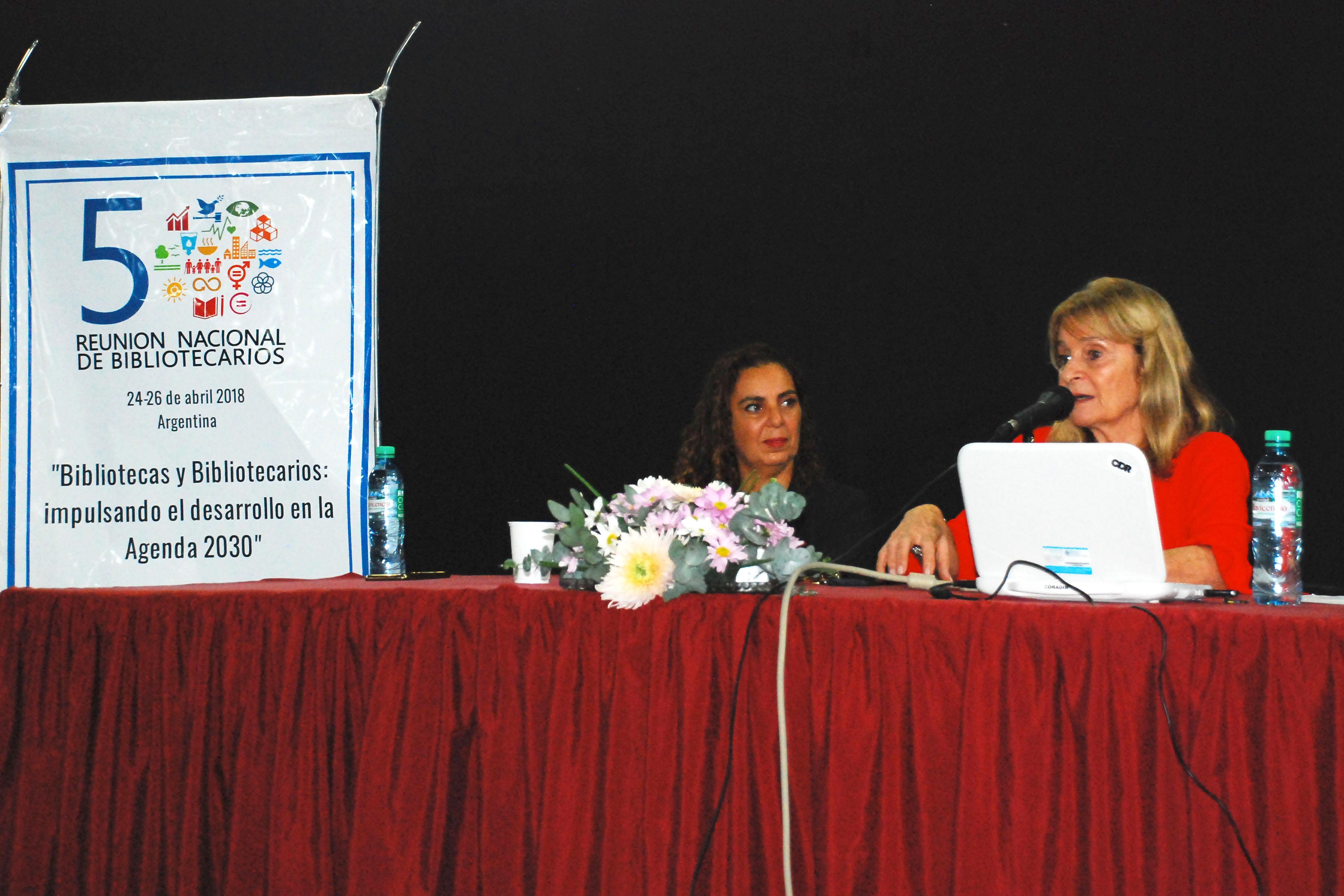 Carolina Scondras y Graciela Perrone