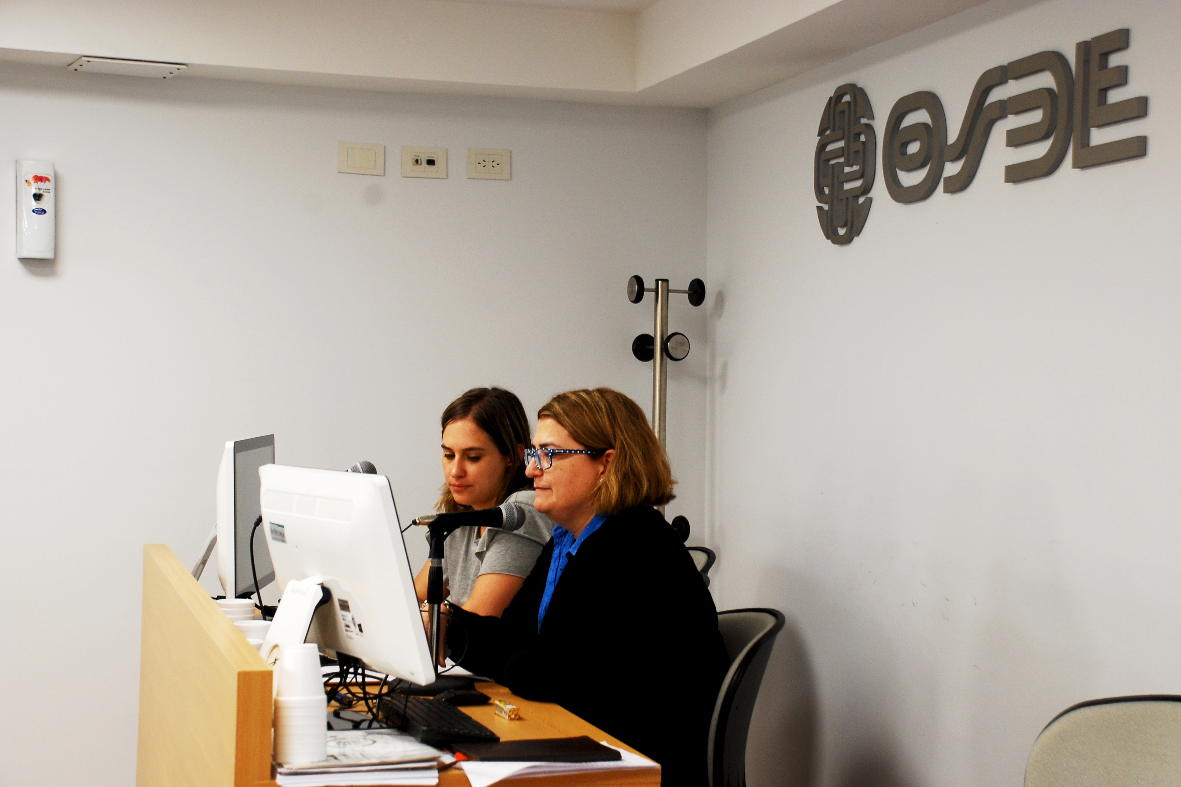 Belén Irazabal y Mariana Alcobre