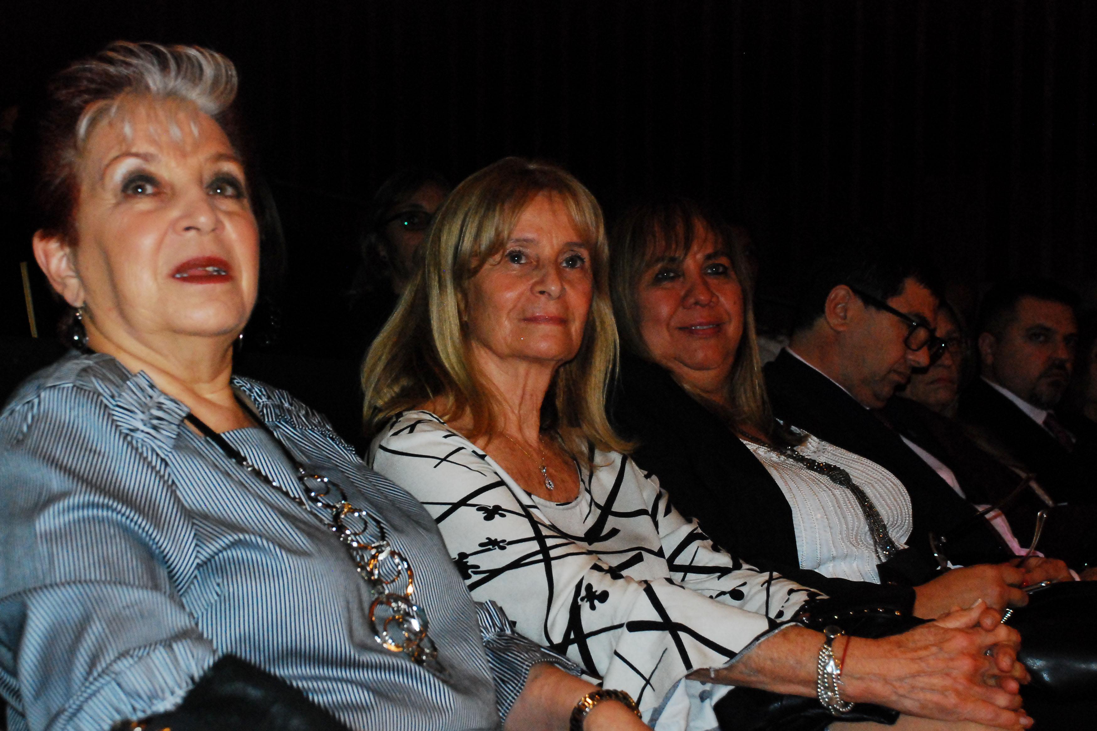 Elsa Barber, Graciela Perrone, María Silvia Lacorazza, Alejandro Santa
