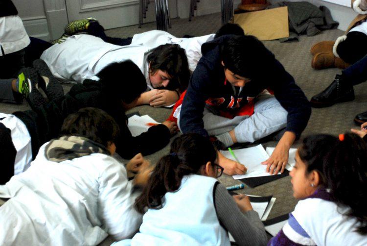 Alumnos y alumnas de séptimo grado de la Escuela Honorable Congreso de la Nación N.° 5 D.E. 9 de la Ciudad Autónoma de Buenos Aires